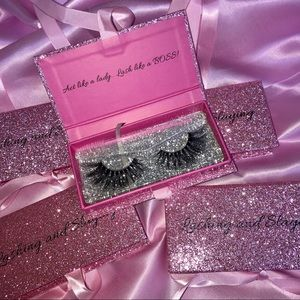 "Mink Eyelashes ""Glam Doll"""
